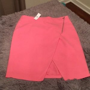 LOFT - Beautiful pink pencil skirt